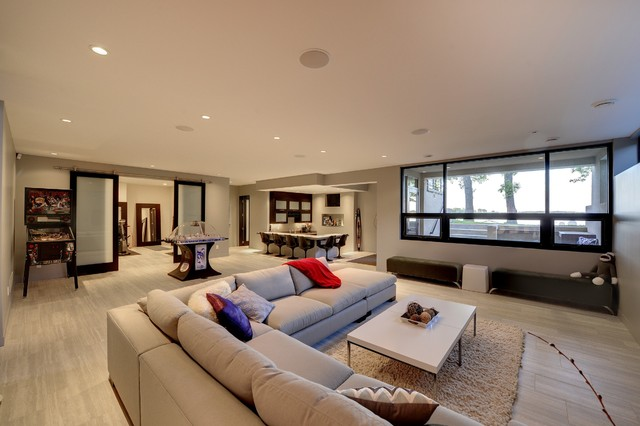 Low level entertaining space - contemporary - living room