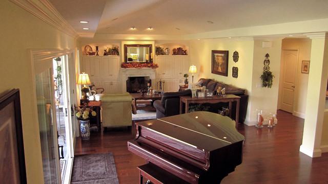 Lowe traditional-living-room