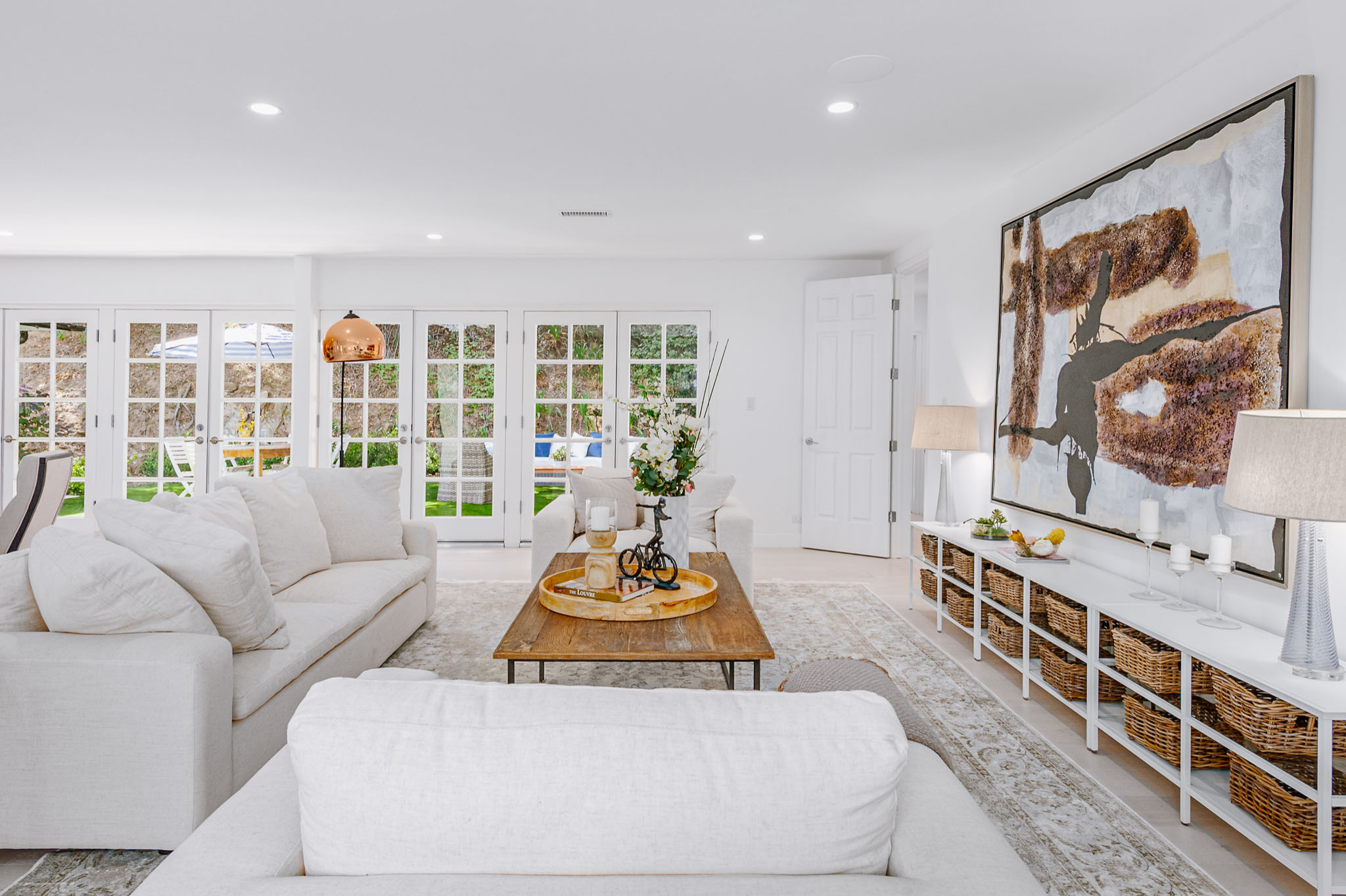 75 Beautiful Luxury Living Room Pictures Ideas February 2021 Houzz
