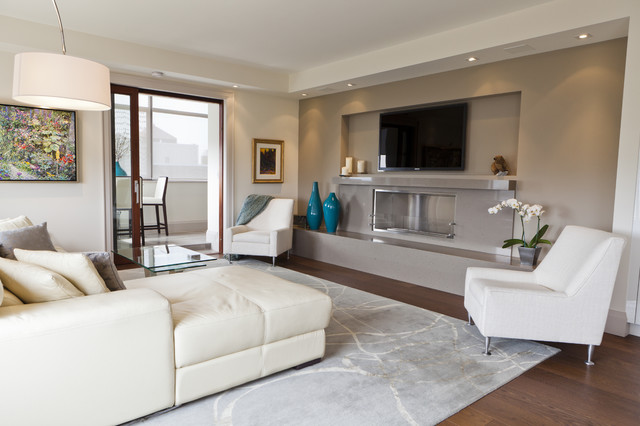 Luxurious Condo Living Room Contemporary Living Room Toronto By Bigla