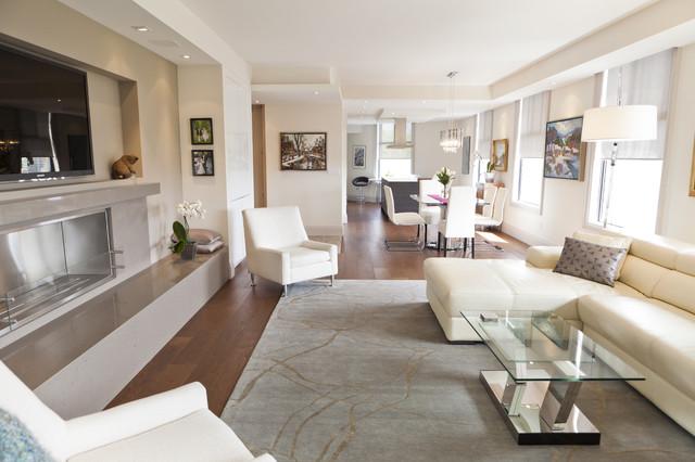 Luxurious condo living room contemporary living room toronto - Luxurious Condo Living Room Contemporary Living Room