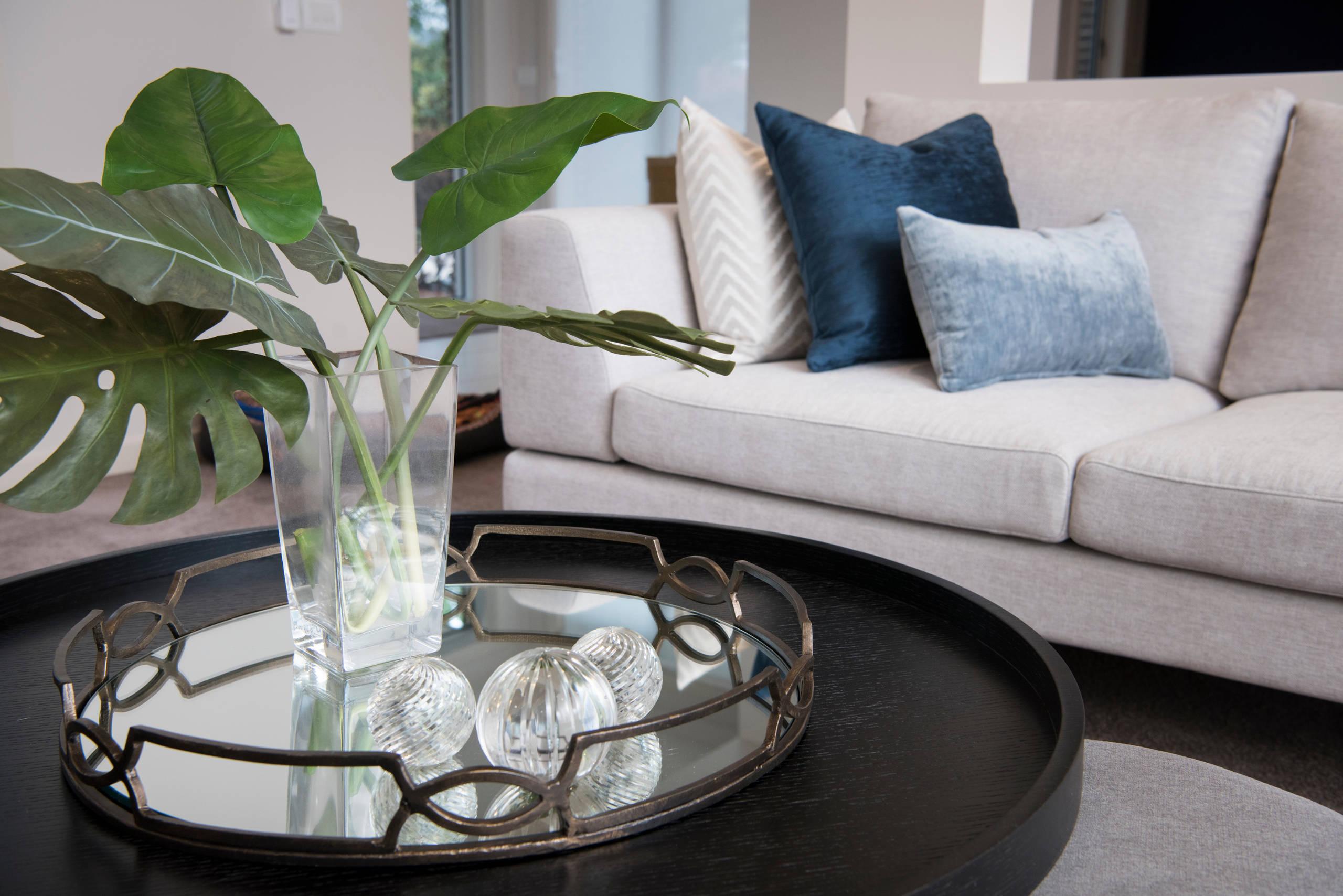 Lysterfield - Living Room Decor