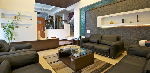 Inspiration for a contemporary living room in Bengaluru.