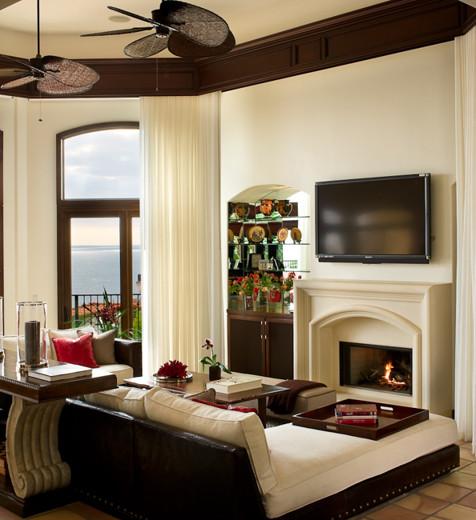 Malibu Mediterranean mediterranean-living-room