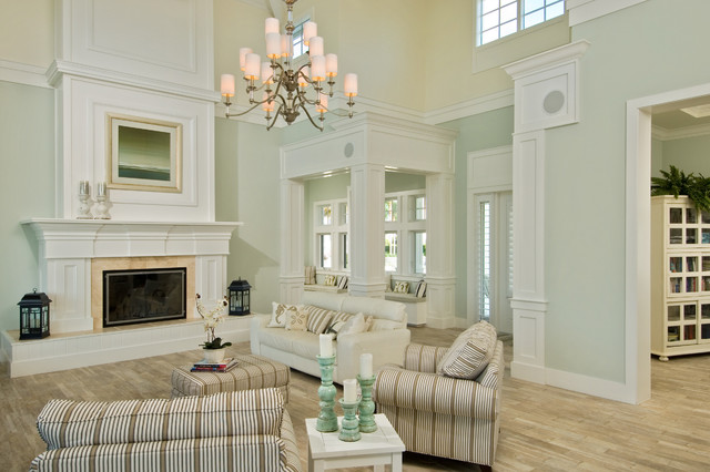 Marco Island Traditional Living Room