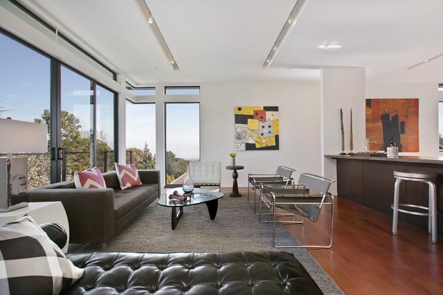 Margarita Residence modern-living-room