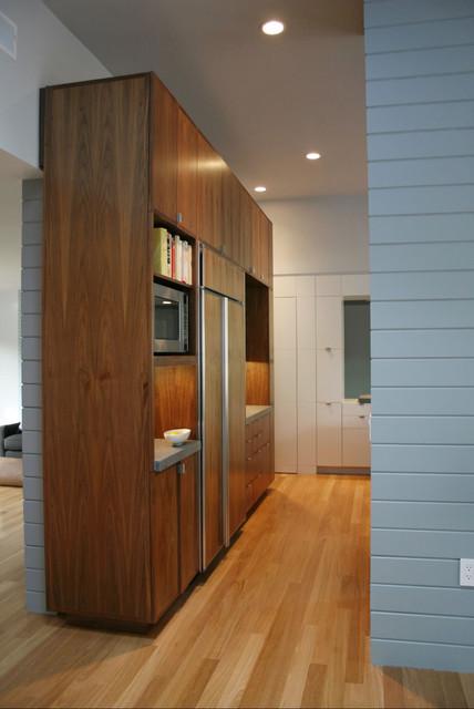 Schwartz and Architecture transitional-kitchen