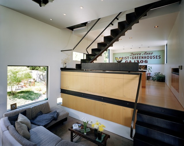 Mathieson Residence modern-living-room