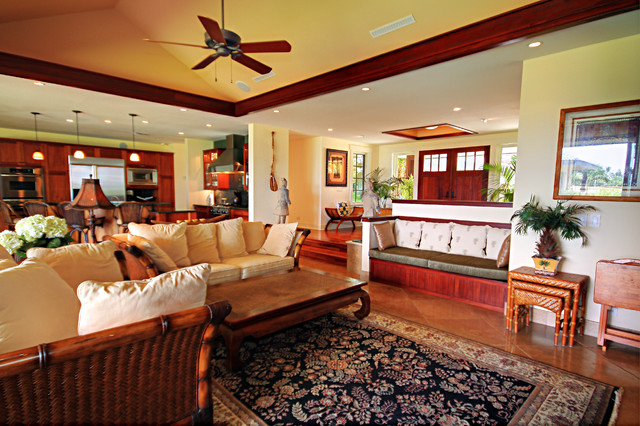 Island style living room photo in Hawaii