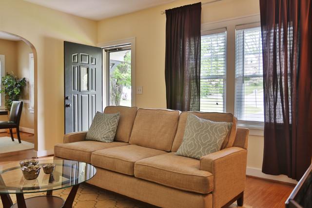 McCloud traditional-living-room