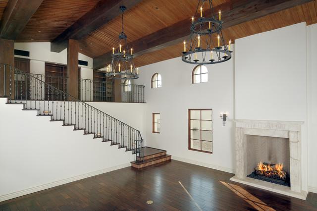 Carson Poetzl, Inc. mediterranean-living-room