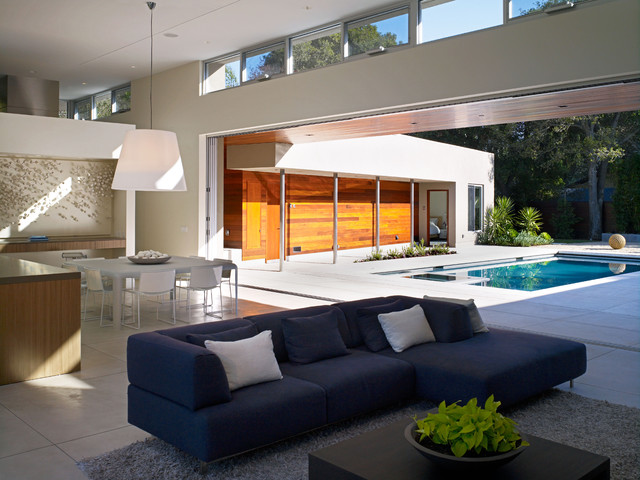 contemporary living room by Matarozzi Pelsinger Builders