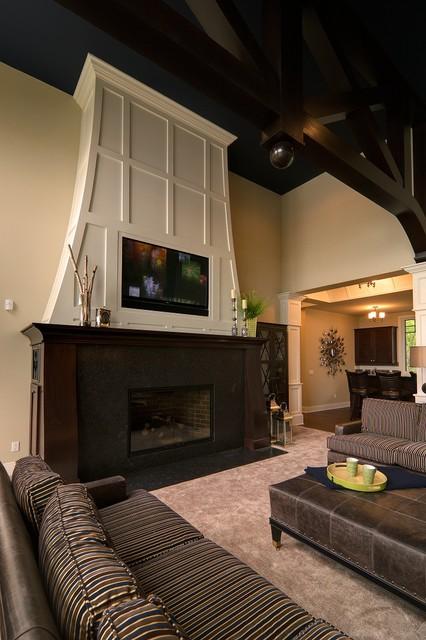 Michigan Escape traditional-living-room