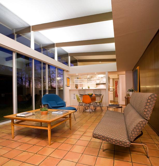 Mid century modern midcentury living room houston for Mid century modern architects houston