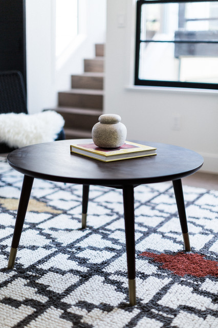 Mid Century Modern Coffee Table With