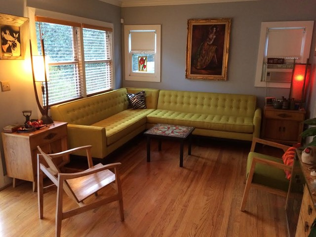 Mid-century Modern Deep Tufted Compact Sectional (Draper) - The Sofa ...