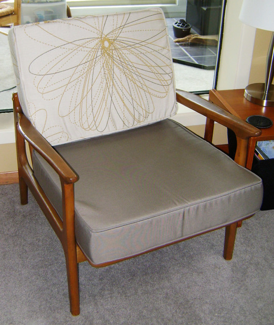Mid Century Modern Furniture Cushions Midcentury Living Room Other Metr