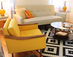 Mid Century Modern Living Room - Small Bungalow midcentury-living-room