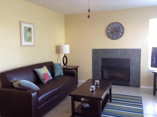 mirror lakes rental condo remodel 2b 2b contemporary living room