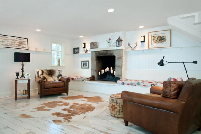 Modern beach house contemporary living room santa for Modern beach cottage decor