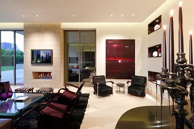 Modern Beverly Hills contemporary-living-room