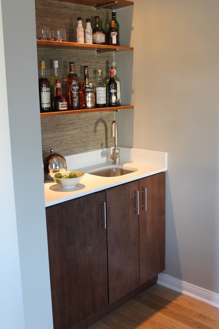 Modern Built In Wet Bar With Walnut Cabinet And Quartz Counter Top Midcentury Living Room