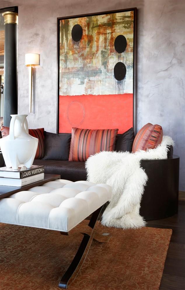 Minimalist living room photo in Hawaii