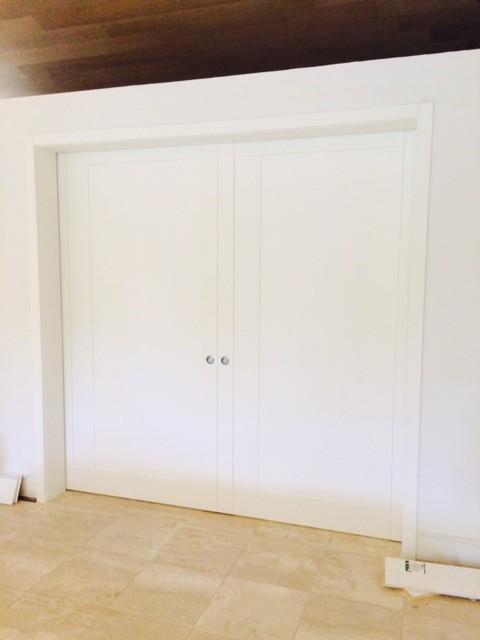Madrid Taupe Beige Ultra Modern Living Room Furniture 3: Modern Double Pocket Door In Matte White Finish