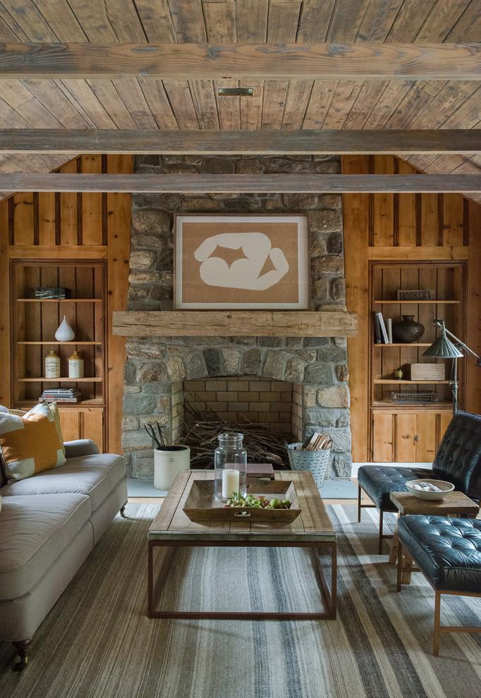 Living room - farmhouse living room idea in New York
