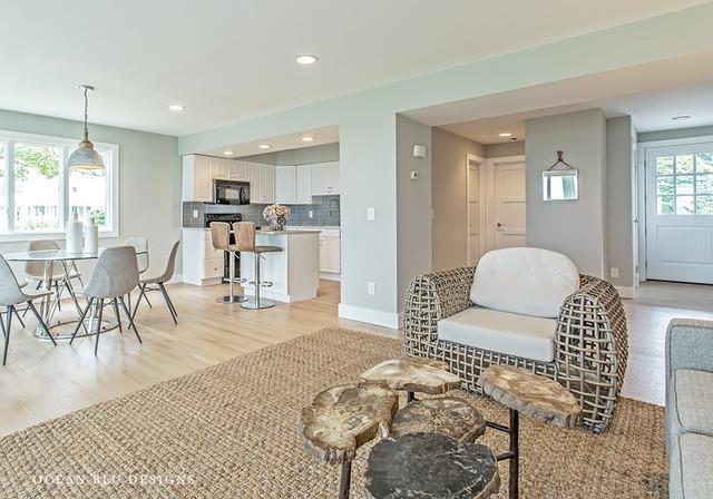 Modern Hamptons Style Beach House