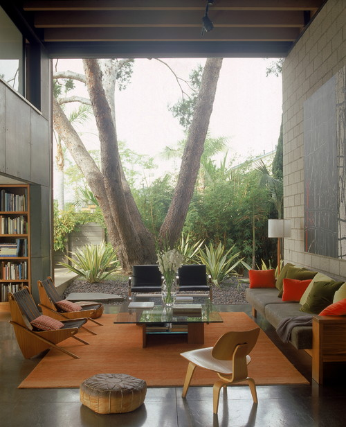 700 Palms Residence modern living room