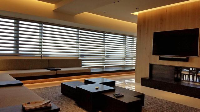 Modern Window Treatments Modern Living Room Los Angeles By Kao 39 S