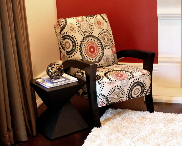 Beau Modern Wood Accent Chair With Geometric Fabric Contemporary Living Room