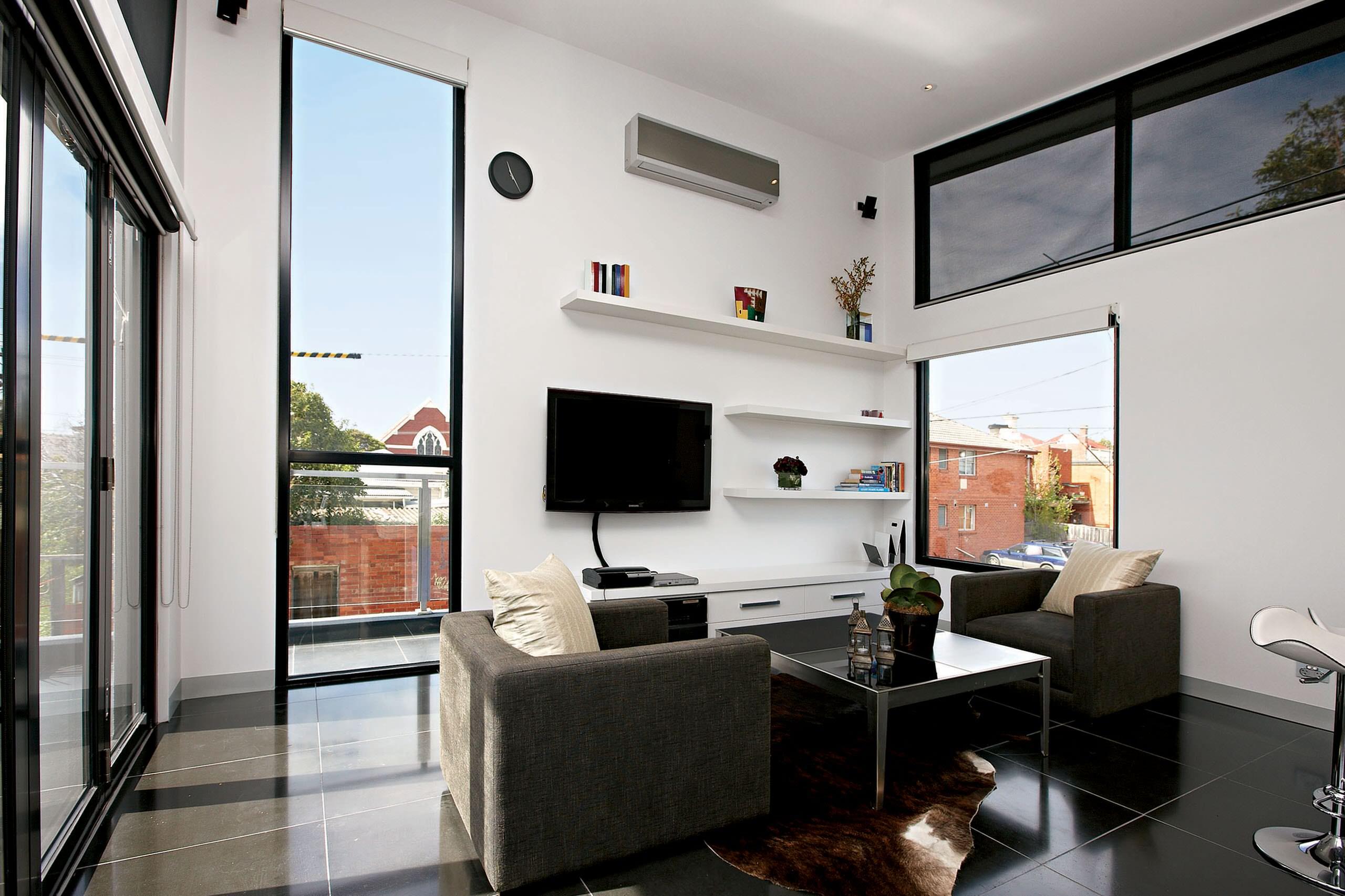 Monochromatic & Modern - Richmond