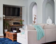 Moonlight Beach - California beach-style-living-room