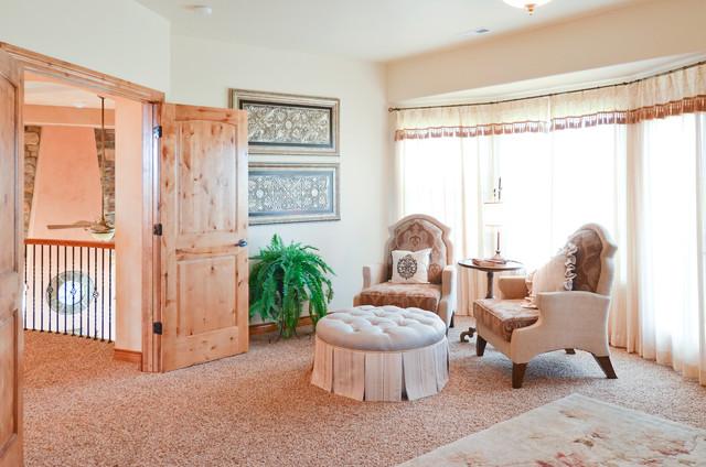 Murray Home traditional-living-room