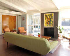 My Houzz: A Mid-Century Marvel Revived in Long Beach midcentury living room