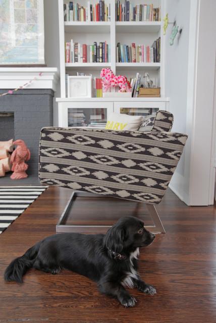 Dallas: Alicia + Adam eclectic-living-room