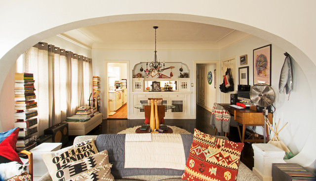 My Houzz Eclectic Style Treasured Pieces Personalize A Musicians Apartment Living