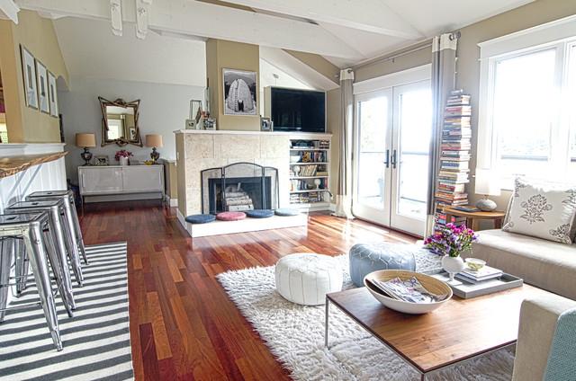 Bayo Vista contemporary-living-room