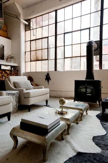 My houzz international meets industrial in a brooklyn for Living room west 6 brooklyn