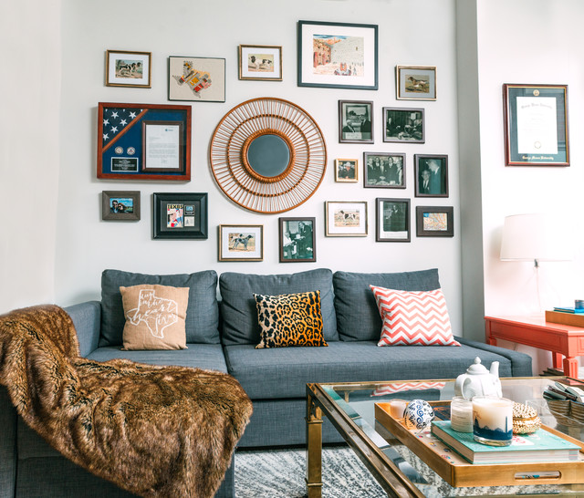My Houzz: Multipurpose Furniture in a Cozy Downtown D.C. Rental eclectic-living-room