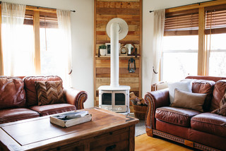My Houzz: Spokane Farmhouse - Farmhouse - Living Room - Seattle - by Ellie Lillstrom Photography