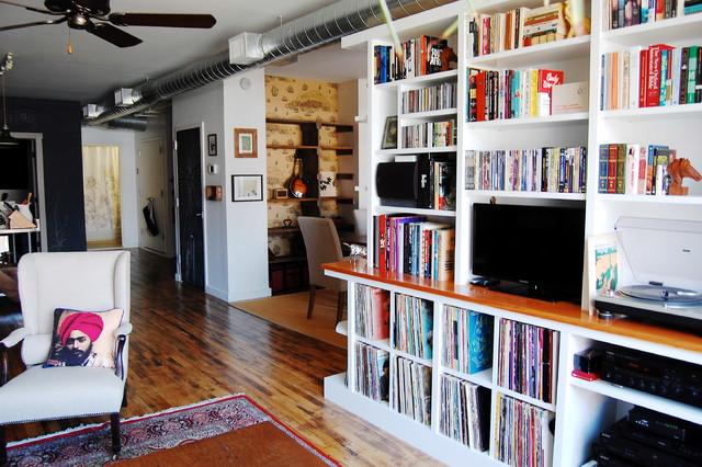 My Houzz: Textiles Charm an Open Brooklyn Loft industrial-living-room