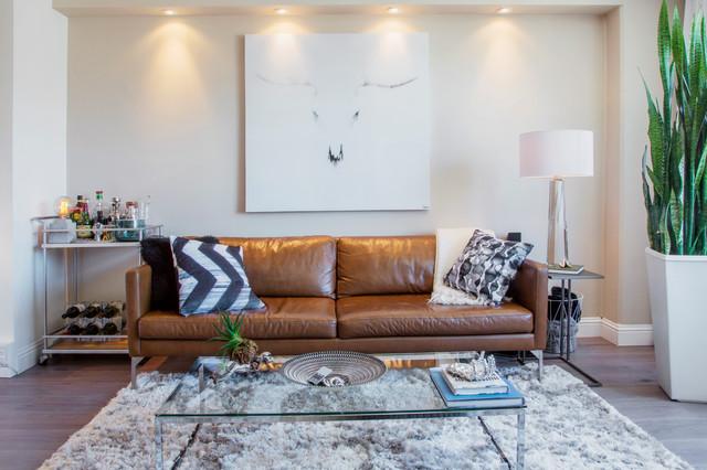 A Clic Brown Leather Sofa