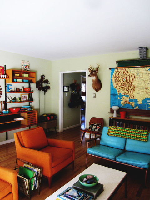 my houzz thrifty flourishes give a 50s home retro appeal eclectic living - Retro 50s Home Design