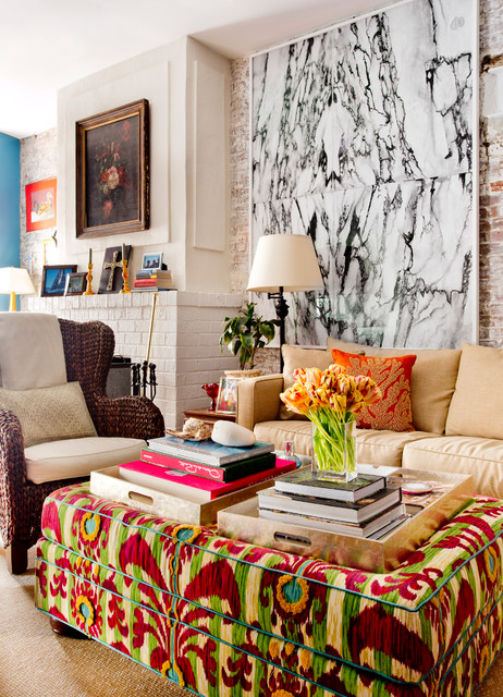 My houzz vibrant palette in a west village apartment for Houzz soggiorno