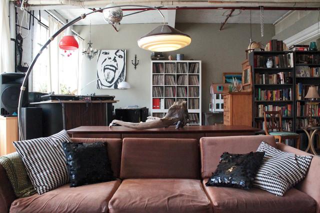 my houzz vintage finds in funky montreal artistsu loft with salon loft industriel. Black Bedroom Furniture Sets. Home Design Ideas