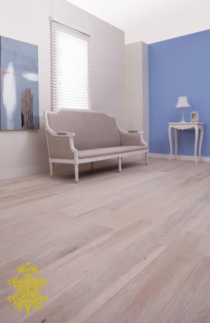 My Oak Floor Range traditional-living-room