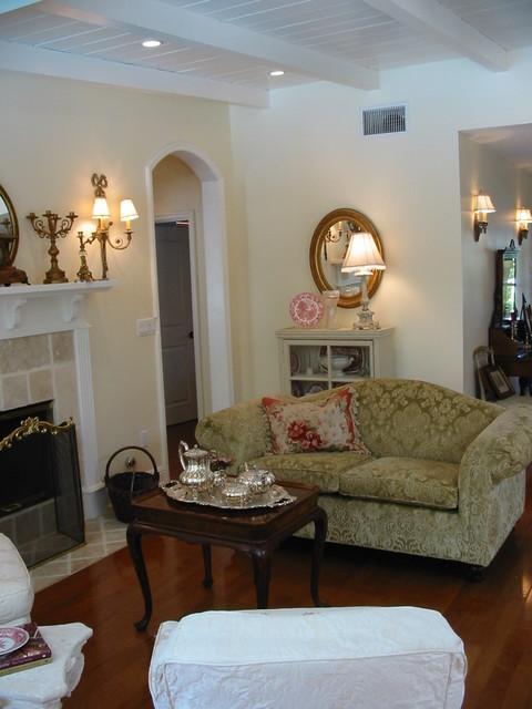 nantucket style cottage living room tarzana ca farmhouse living room los angeles by